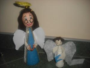 Anioł autorstwa Kamili po prawej, a po lewej Moniki Mazurkiewicz